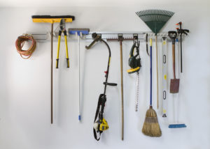 very homeowner should have their garden and lawn tools clean and organized